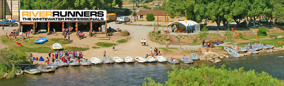 Salida whitewater rafting vacation river runners for Water salida trasera