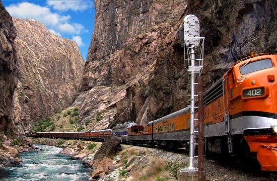 Family Spring-Summer Vacation Ideas In Colorado