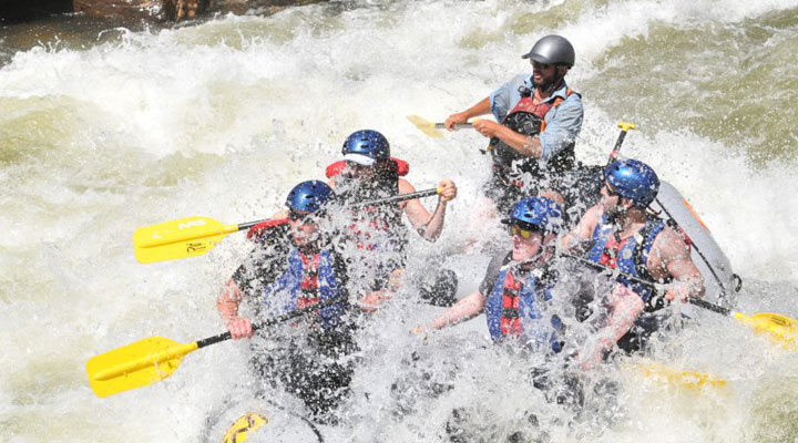 Advanced Whitewater Rafting Trips.
